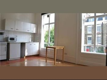 A spacious studio flat on Arthur Road in Holloway