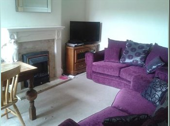 EasyRoommate UK - Furnished double room in convenient location. - Rugby, Rugby - £450 pcm