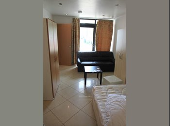 EasyRoommate UK - AMAZING ROOM IN A STUNNING HOUSE - Archway, London - £850 pcm