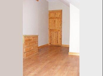 EasyRoommate UK - Nice rooms for Nice people - Hamworthy, Poole - £500 pcm