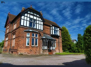 EasyRoommate UK - Huge Ensuite Double Bedroom In Victorian Farmhouse - Stretton, Warrington - £550 pcm