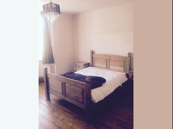 EasyRoommate UK - Centrally located nice house - High Wycombe, High Wycombe - £600 pcm