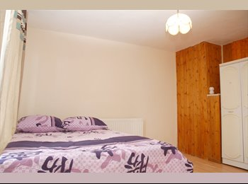 Immaculate Double Bed Room near Barking station