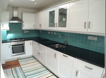 Beautiful Rooms in Stunning Property in Wembley