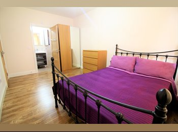 Large Double Room in High Quality Flat North Wembley