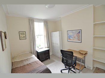 A cosy room in prestigious Chelsea available for short let