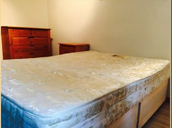 Large Double room available in large modern house