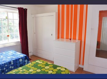 -VERY SPACIOUS DBL ROOM AVAILABLE NOW!!!190PW BILLS & WIFI...