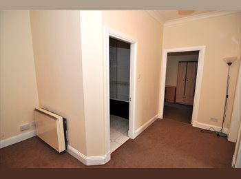 EasyRoommate UK - Modern City Center Apartment - Dundee, Dundee - £310 pcm