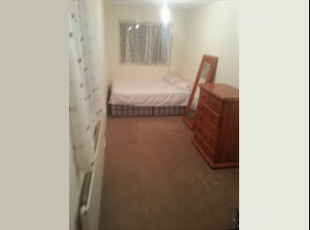 EasyRoommate UK - 2bedroom terreced house - Birkdale, Southport - £350 pcm