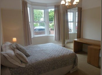 Room available in beautiful Heaton 2 Bed