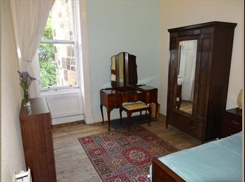 EasyRoommate UK - Spacious room available in large, bright flat. - Glasgow Centre, Glasgow - £295 pcm