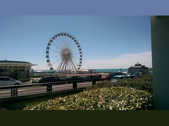 EasyRoommate UK - Luxury Flatshare - Double room + own toilet/shower room in 2 bed Van Alen Building (Seafront ) - Kemp Town, Brighton and Hove - £695 pcm