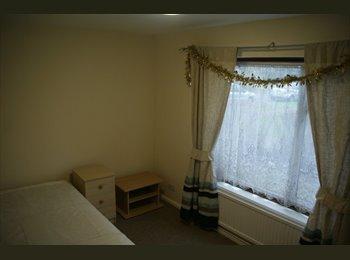EasyRoommate UK - House Share in Hatfield - Hatfield, Hatfield - £395 pcm