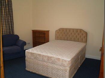 EasyRoommate UK - Bargain Rooms in Shared House, most bills included - Netherton, Dudley - £390 pcm