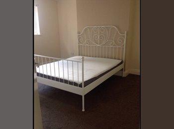 EasyRoommate UK - Double Room available  - Edgbaston, Birmingham - £300 pcm