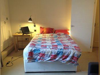 Wonderful room in a perfect flat 5m to Victoria!!!