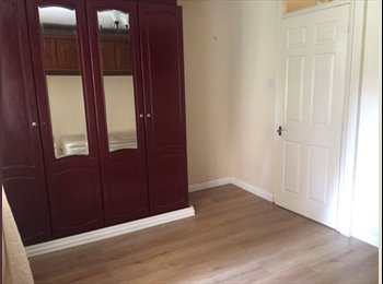 EasyRoommate UK - Lovely Double bedroom immediately available :)   - New Southgate, London - £600 pcm