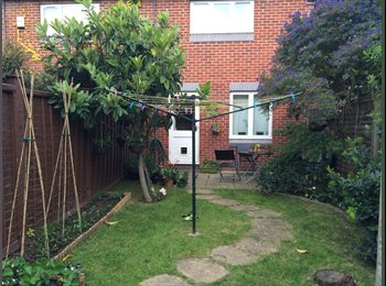 Double room for rent in house with garden in Kingston