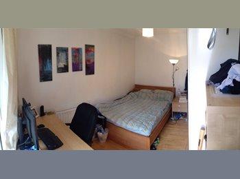 EasyRoommate UK - Large bedroom in Flatshare - Bermondsey, London - £930 pcm