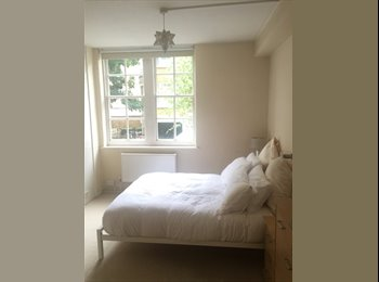 Lovely Double bedroom in the heart of chelsea