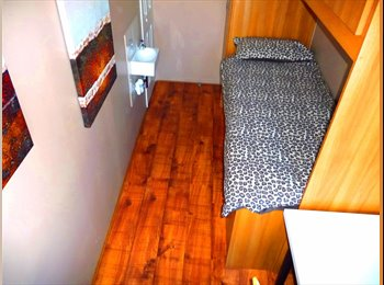 EasyRoommate UK - Stunning newly decorated single room available NOW - Tottenham, London - £450 pcm