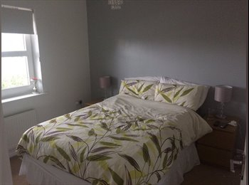 EasyRoommate UK - Double bedroom with ensuite - Peterborough, Peterborough - £400 pcm