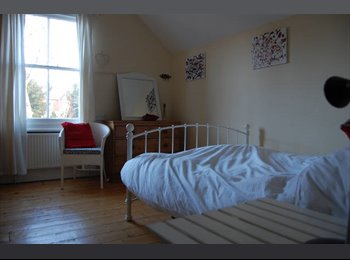 Double Bedroom to Rent - Monday to Friday