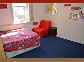 Spacious double room for individual use in London!