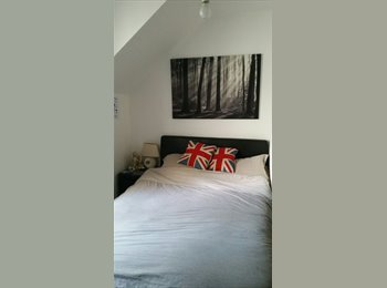 EasyRoommate UK - BEAUTIFUL DOUBLE ROOM IN HEART OF STOKE NEWINGTON - Stoke Newington, London - £500 pcm