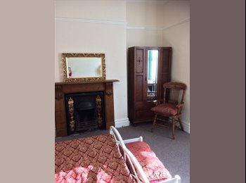 ST JUDES, THREE FANTASTIC DOUBLE ROOMS IN STUNNING HOUSE...