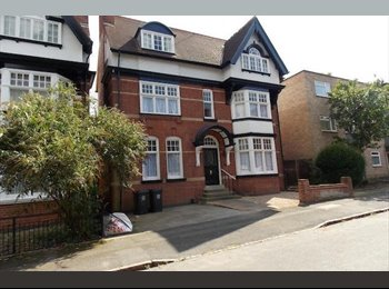 EasyRoommate UK - EXCELLENT STUDENT HOUSE, FANTASTIC LOCATION - Stoneygate, Leicester - £320 pcm