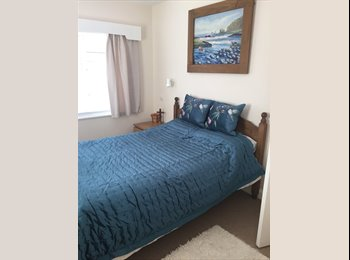 EasyRoommate UK - Beautiful extra large  bedroom with en-suite bathroom  - Scunthorpe, Scunthorpe - £400 pcm