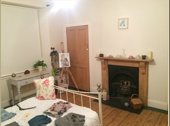 EasyRoommate UK - Looking for a friendly/fun person to share my house with - Devonport, Plymouth - £400 pcm