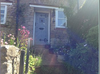 EasyRoommate UK - Large, light double room - Kelston, Bath and NE Somerset - £500 pcm