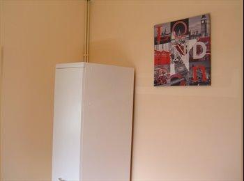 EasyRoommate UK - Lovley single room in Chesterfield town centre - Chesterfield, Chesterfield - £330 pcm