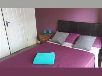 EasyRoommate UK - En suite rooms to let - Basildon, Basildon - £520 pcm