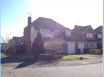 EasyRoommate UK - Beautiful home -two rooms free  - Binley, Coventry - £450 pcm