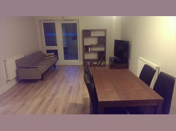 EasyRoommate UK - Flat share in Ruislip, Hillingdon  West London - Ruislip, London - £750 pcm