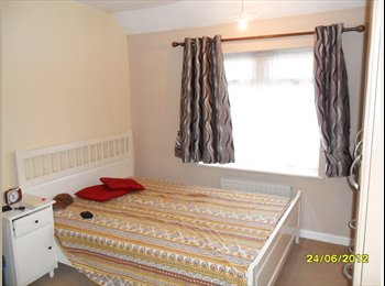 EasyRoommate UK - one lovely double room available to rent immediately - Becontree, London - £500 pcm