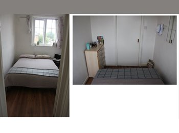 Small Double Room in quiet house