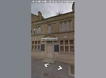 EasyRoommate UK - The Woolpack  - Huddersfield, Kirklees - £300 pcm