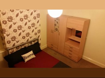 EasyRoommate UK - Rare opportunity to rent double room in great house share! - Luton, Luton - £440 pcm