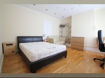 Spacious double room with all bills included