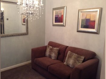 EasyRoommate UK - Double Room  - Fratton, Portsmouth - £400 pcm