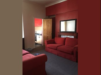 EasyRoommate UK - One Large Double Bedroom / One Single Bedroom to rent in flatshare! - South Shields, South Tyneside - £190 pcm