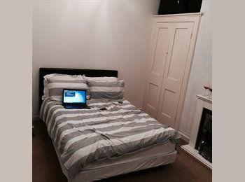 EasyRoommate UK - 1 double room available  @£286 pcm, bills not included. Near Canoe Lake Southsea - Southsea, Portsmouth - £286 pcm
