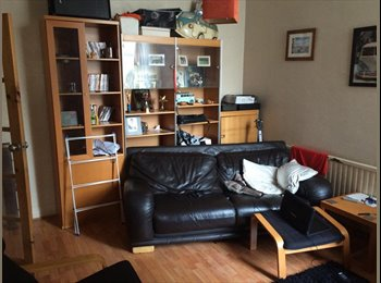 EasyRoommate UK - Large Room in North Blackpool houseshare, Blackpool - £400 pcm