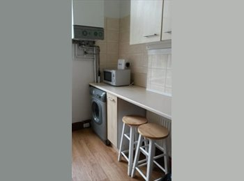 EasyRoommate UK - 2 Rooms Availiable, Students only - Lancaster, Lancaster - £340 pcm