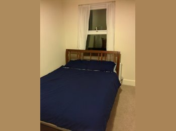 Double room for rent in the centre of Aylesbury